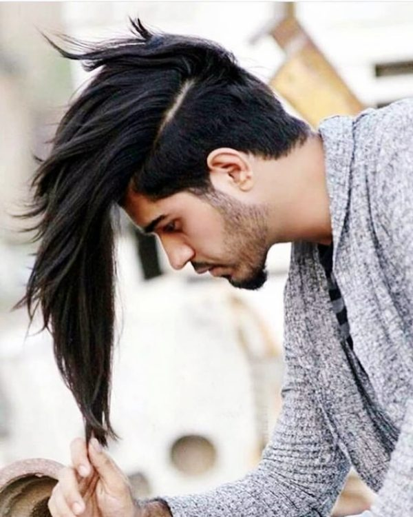 Irresistibly-Attractive-Long-Hairstyles-For-Men